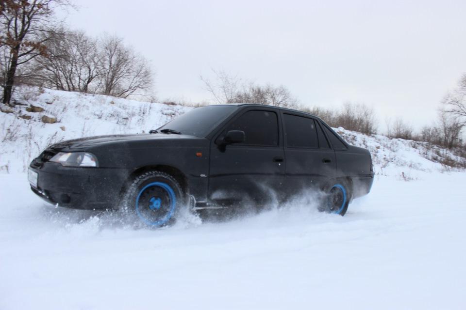 Daewoo Nexia зимой